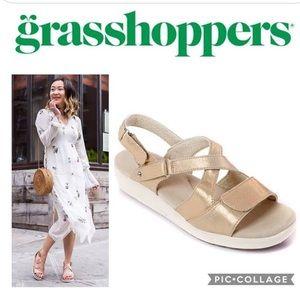 Grasshoppers Women's Cherry Flat Sandal, Gold
